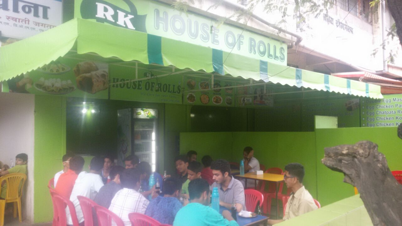 fast food at rk house of rolls